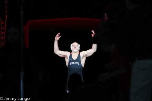 Kyle Snyder gears up for his HWT bout against Nick Nevills of Penn St.